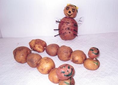 Поделка крот из картошки